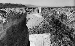 Fig. 1: Michael Heizer,